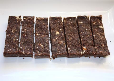 Raw kokosovo čokoládové tyčinky - recept postup 10