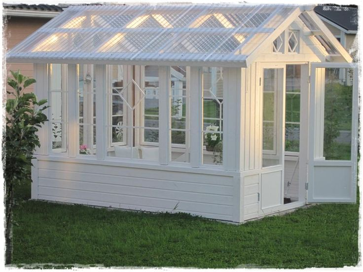 Oma koti onnenpesä: Kesähuone ja puutarhaenkeleitä