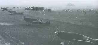 Bf-109 E del JGr 101 alineados en un aeródromo de campaña durante la invasión a Polonia