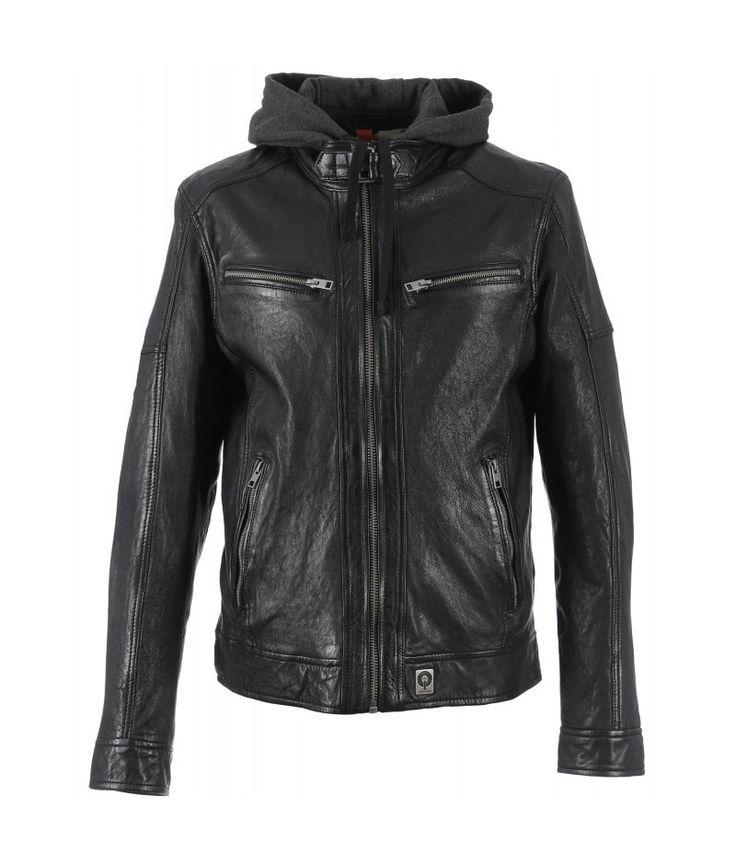 Die OAKWOOD Lederjacke mit abnehmbarer Kapuze hat alles, was Du von einer lässig-kernigen Lederjacke erwartest. Sie überzeugt durch ihren coolen Schnitt