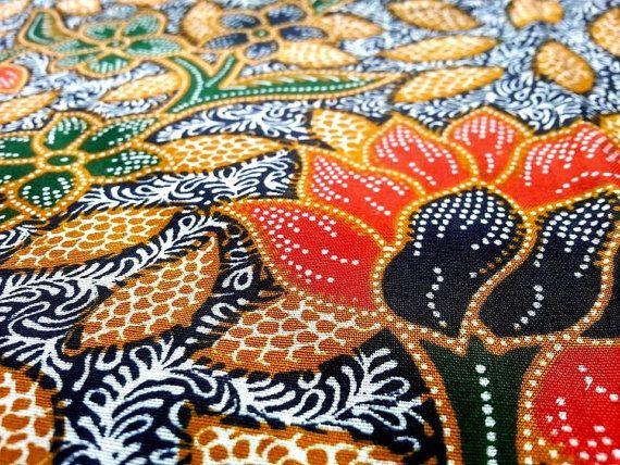 Traditional Thai-Indonesian Fine Batik Sarong sheet by Wikawee
