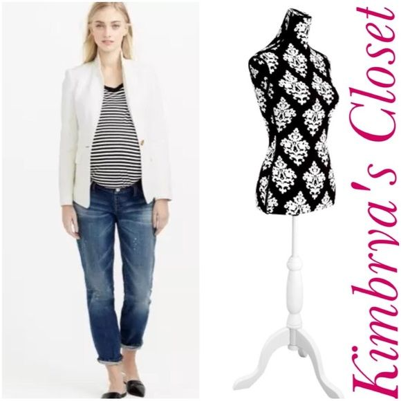 J Crew Maternity Boyfriend Jeans New with tags. Thank you for viewing! J. Crew Jeans Boyfriend