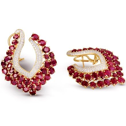 Earrings by Farah Khan