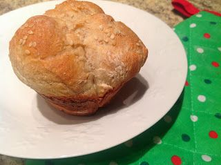 delish in a dish: Potato Rolls