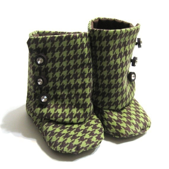 Green and Chocolate Brown Houndstooth Baby Booties 6-9 ...