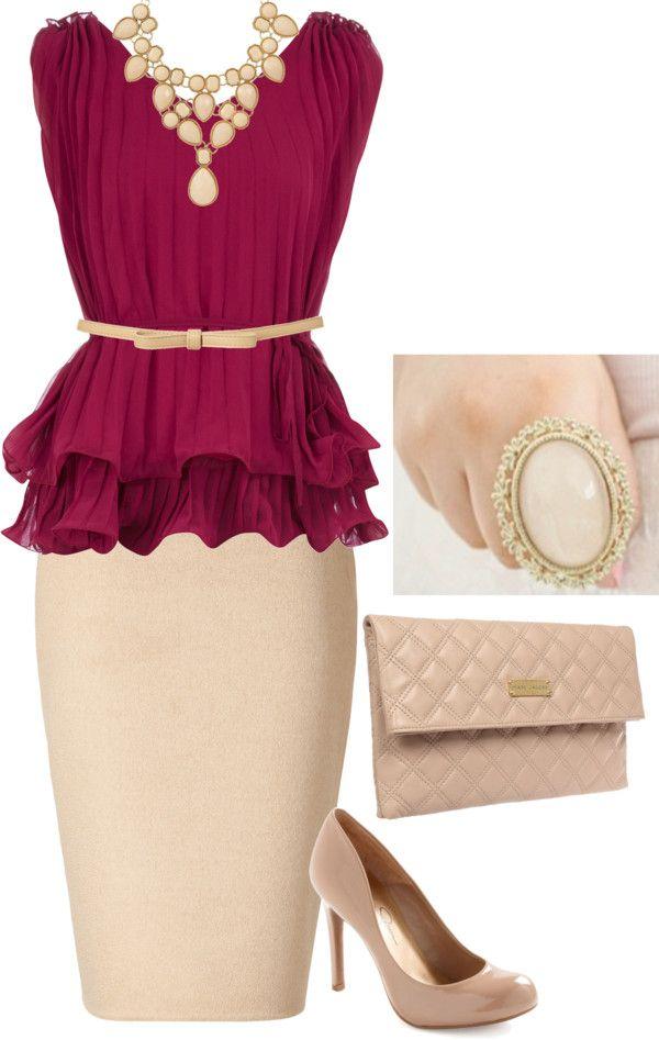 Falda beige y blusa vino