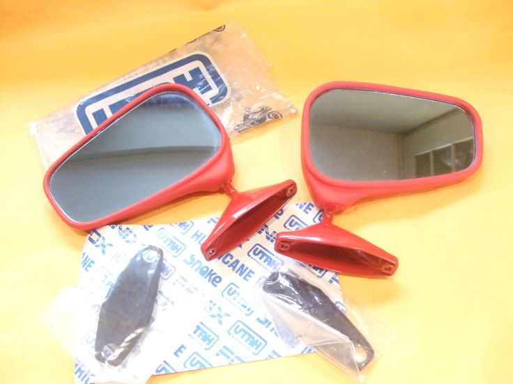 VESPA 1980 s NEW OLD STOCK UTAH DRIVER SCREEN MIRRORS