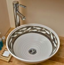Whitebait basin by Tregear Pottery as seen on the Pottery Throw Down