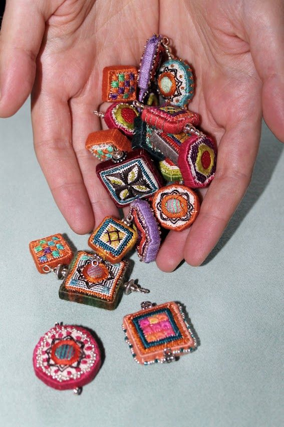 Dolci beads in my daughter's hands