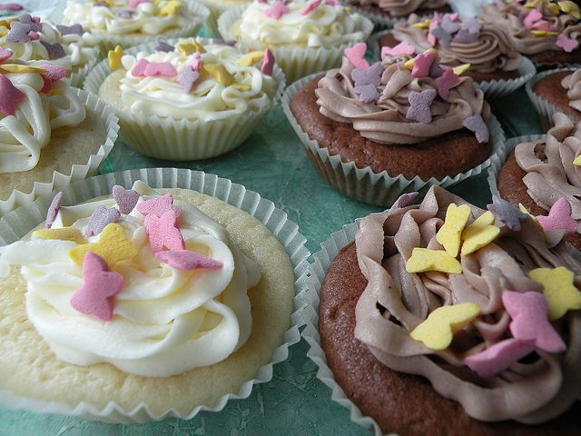 Eggless Cupcakes (but with milk)