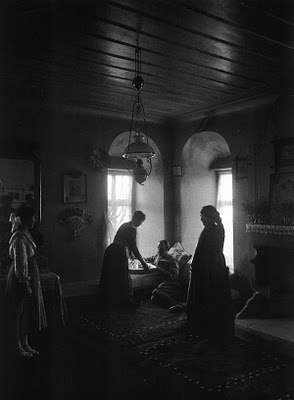 Kastoria, Greece inside the Kleisoura manor 1911, photo by Fred Boissonas