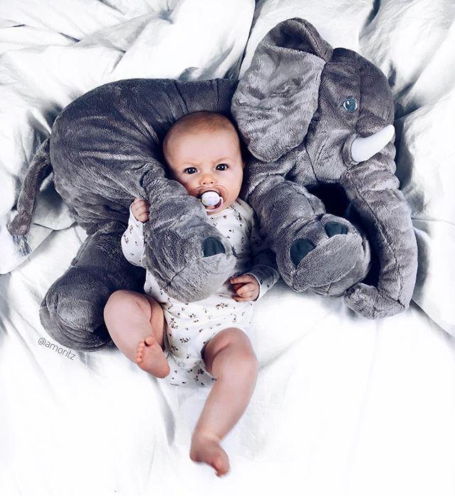Goodmorning world ❤️ #babygirl #cuddletime