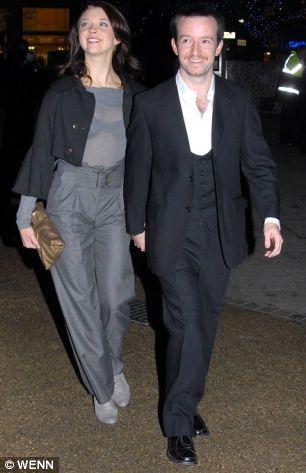 Natalie with boyfriend Anthony Byrne                                                                                                                                                      Más
