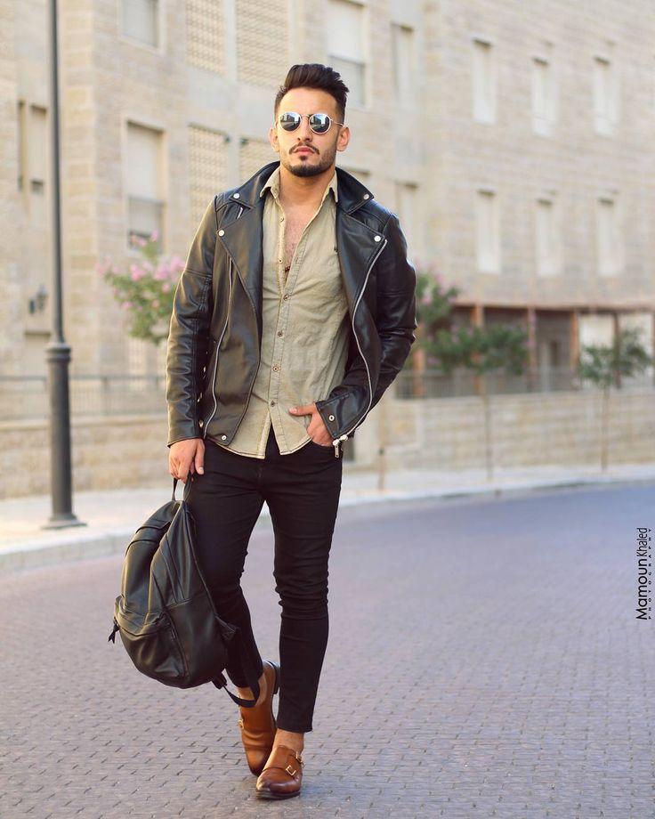 "365 Likes, 13 Comments - Mamoun Khaled PHOTOGRAPHY ⭕ (@mamounkhaledphotography) on Instagram: ""#model #mostafa #handbag #pullandbear #zara #tshirt #street #photography #shoting #photoshoot…"""