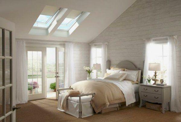 mansarde-ensoleillée-plafond-pente-design-romantique