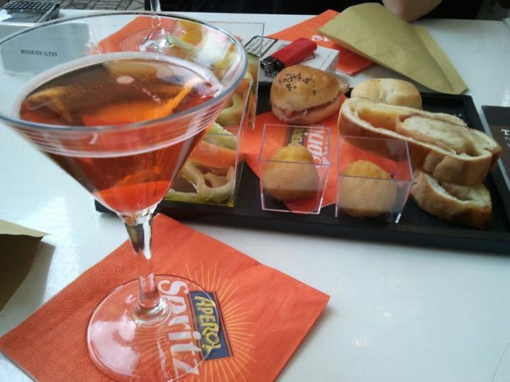 Italian #Aperitivo - Unique #Buffet in #Italy