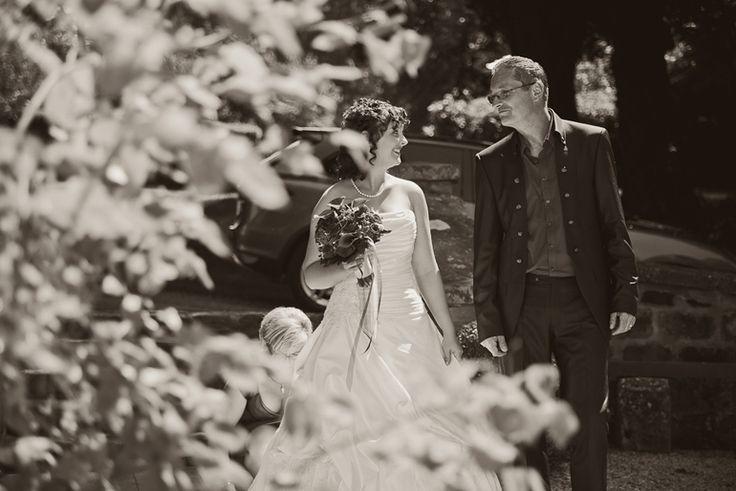 by JenzFlare People- und Hochzeitsfotograf Saarbrücken, Germany #wedding #bride #veil #dress #tuxedo #witness  #ring
