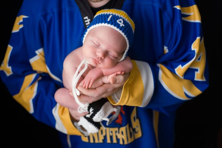 BABY HOCKEY BOYS, Deep Blues Gold Hockey, Baby Hockey Hat, Baby Knit Hockey Skates, Hockey Baby Boy, Crochet Hockey Gift, Baby Knit Hockey by Grandmabilt on Etsy