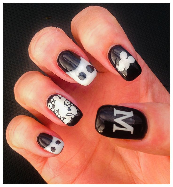 "Mickey Mouse Monochrome Nail Art by ""Lorena Style"". Inspired by ""MiniNailBlog's"" YouTube Tutorial."