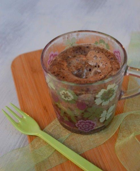 Mug-cake salé { tapenade & comté } cuit en 1 minute au micro-onde !