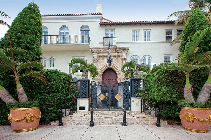 tour versace 39 s former miami mansion http coolhouses