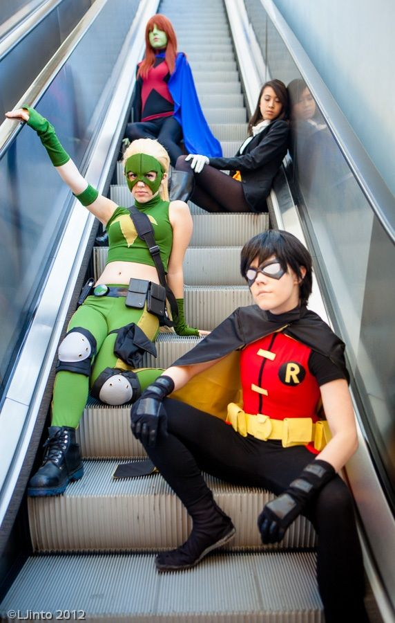 I would totally rock this Robin Cosplay costume... DC Downtime by Solo-dono.deviantart.com.@deviantART.com #Cosplay