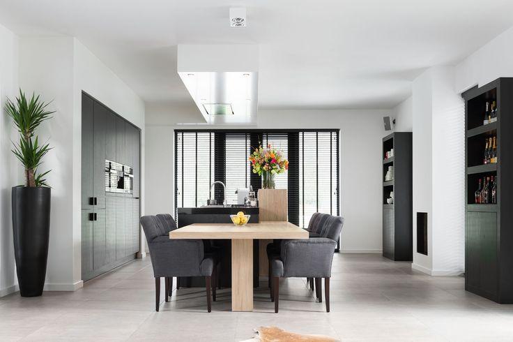 17 beste idee n over modern kookeiland op pinterest moderne keukens hedendaagse keuken - Hedendaagse vloer ...
