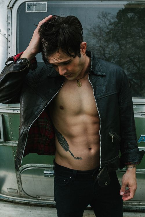 Set 017 - 002 - Cody Longo Official Photos |