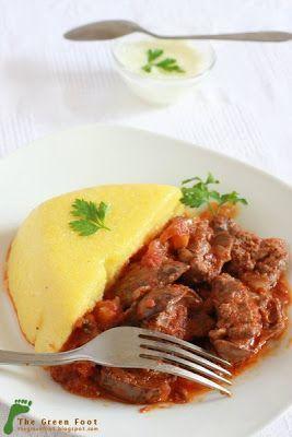 Ficatei de pui cu sos de rosii si usturoi - Rețetă Petitchef