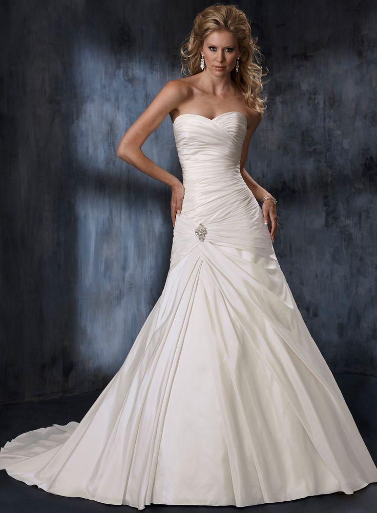 Une ligne-aimée sans bretelles robe de mariage en taffetas - Robes de Mariage Boutique