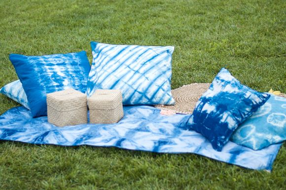 Post image for Create Your Own Indigo Shibori Picnic Blanket