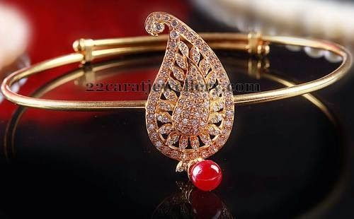 Jewellery Designs: Paisley Design Armband