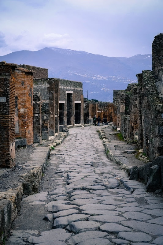 street in Pompeii  shot with Fuji X-E1 and 18-55