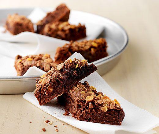 Ovo-Kuchen: Aus #Ovomaltine #Schokolade Noir und Crisp Müesli entsteht im Handumdrehen eine schokoladige Leckerei! #Rezept #Kuchen
