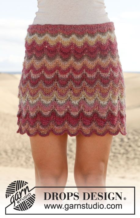 "Knitted DROPS skirt with lace pattern in ""Delight"". Size: S - XXXL. ~ DROPS Design"