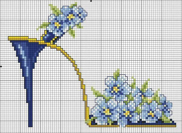 point de croix chaussures, talons aiguilles avec fleurs bleues - cross-stitch shoes, high heels stilettos with blue flowers