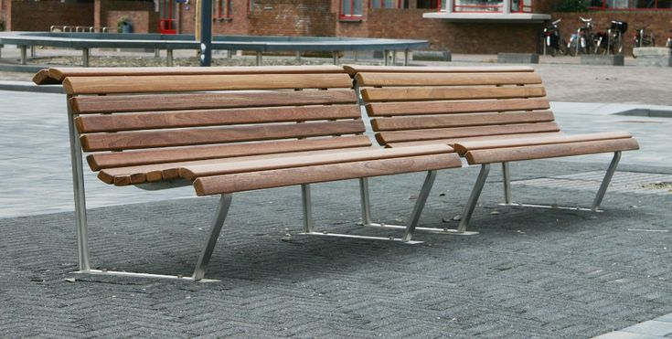 Door het bieden van zitgelegenheden kunnen bezoekers van een winkelgebied even uitrusten wanneer zij dit willen. Dit geeft een extra beetje rust waardoor bezoekers langer blijven.