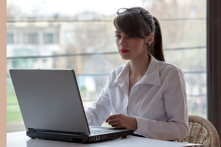 Pros And Cons Of Getting An Online Finance Degree