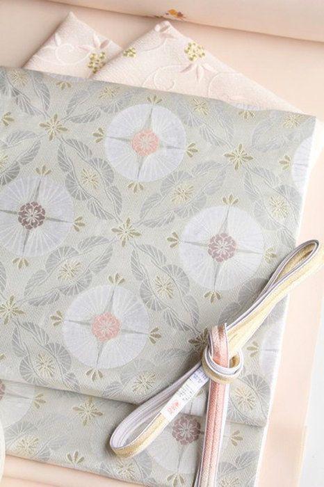 【高島織物】謹製特選西陣織袋帯「松菊文」白地 もっと見る