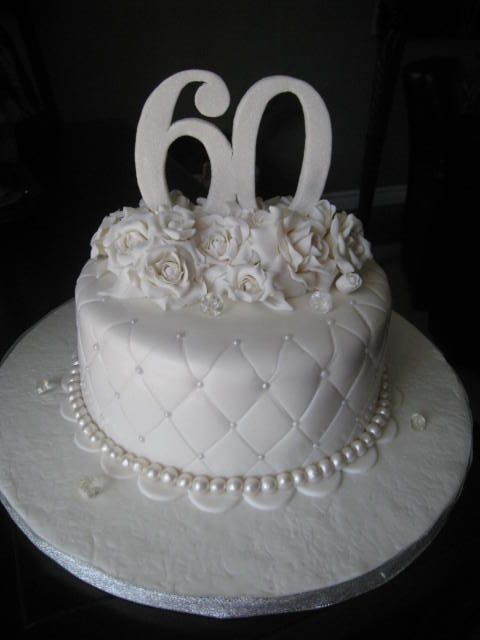 Cake Designs For Diamond Wedding : 25+ Best Ideas about 60th Anniversary Cakes on Pinterest ...