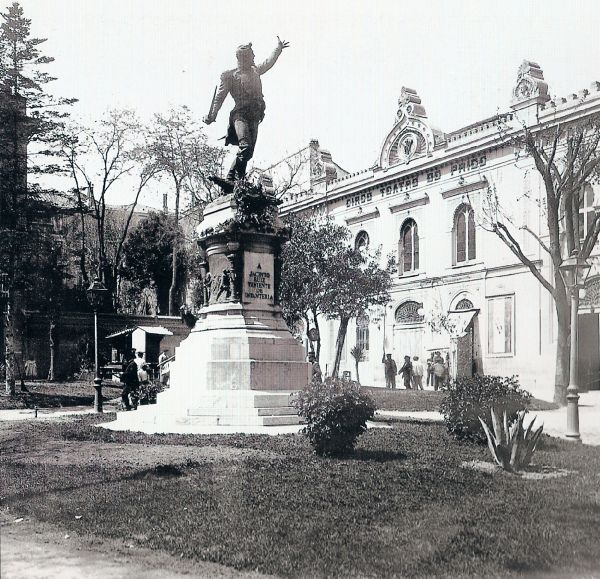 1900. Plaza del Rey | Flickr: Intercambio de fotos