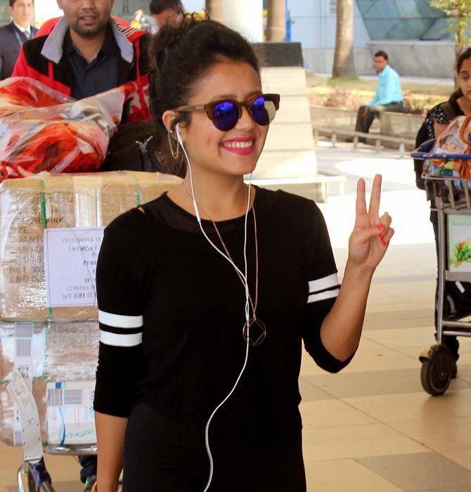 Neha Kakkar at Mumbai Airport. #Bollywood #Fashion #Style #Beauty #Hot