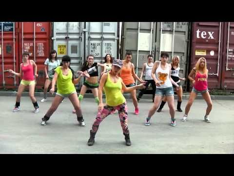 to remember for my next visit to the bahamas...     Konshens - Gal a bubble choreo on basic steps by DHQ Fraules