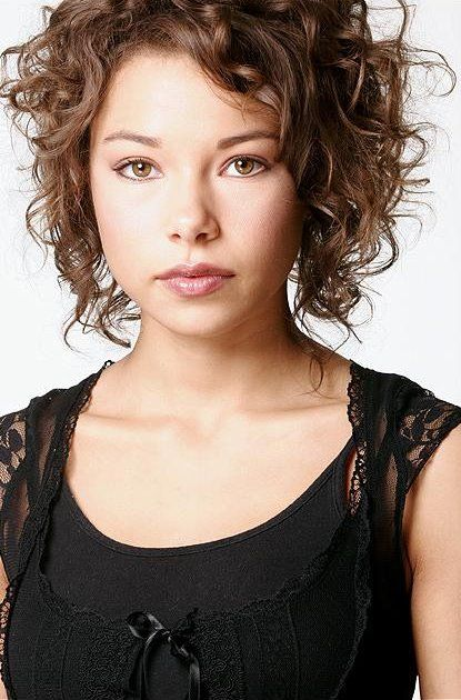 Jessica Parker Kennedy (born October 3, 1984) is a Canadian actress known for her appearances on television series such as Smallville, Undercovers and Kaya. Description from hcelebs.net. I searched for this on bing.com/images