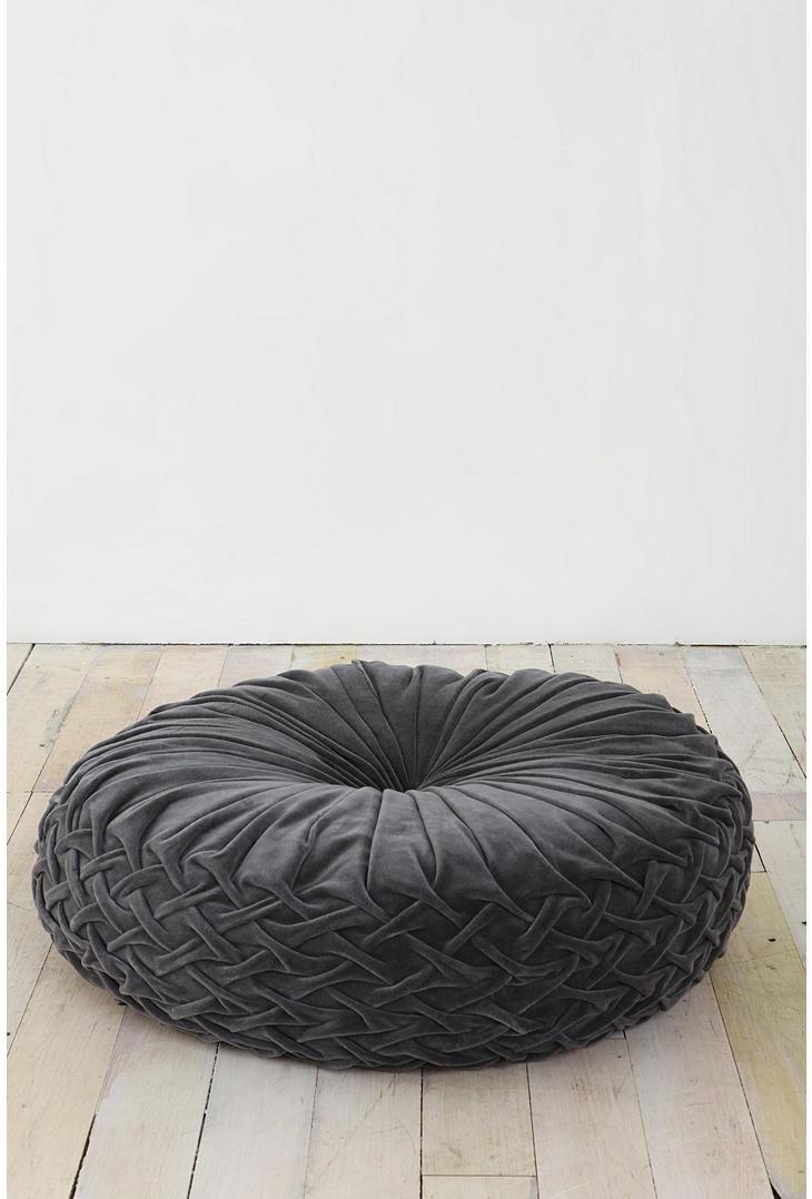 pintuck floor pillow, $42Decor, Pintuck Floors, Urban Outfitters, Pillows Corner, Floor Pillows, Carmen Dell'Orefic, Velvet Floors Pillows, Reading Corner, Grey