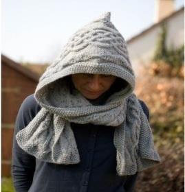 Une écharpe à capuche - Inspirations Créatives