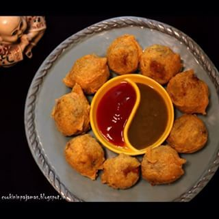 Batata vada is another savoury treat, as fattening as it is delicious. | 15 Delicious Desi Food Recipes Tweaked To Be Healthier