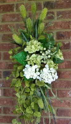 Hydrangea Silk Floral Door Swag Green