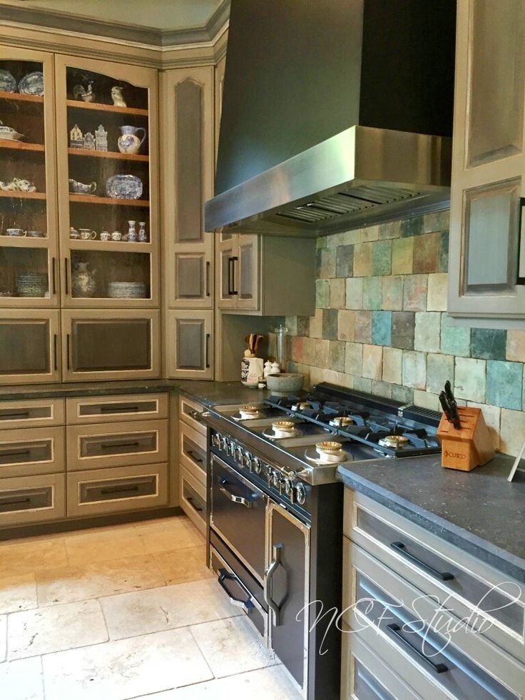 French style kitchen cabinets glazed with tinted Furniture & Cabinetry Glazing Cream by Modern Masters and topcoated with Dead Flat Varnish | Beautiful project by NCF Studio