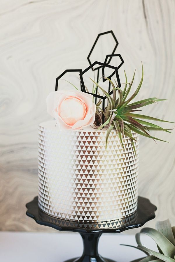 metallic geometric wedding cake.